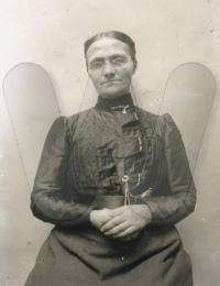 Abt 1890 Petronella De Meel
